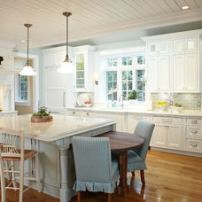 Traditional Kitchen by Sears Architects