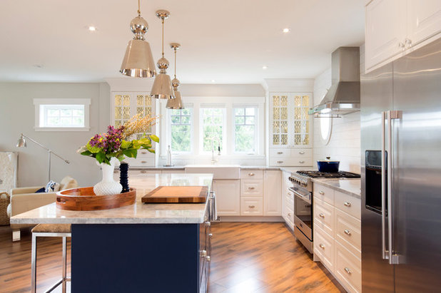 Transitional Kitchen by IKAN Installations Inc.
