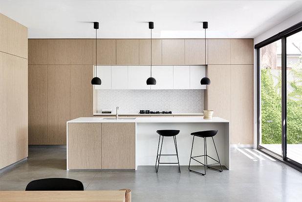 Modern Kitchen by Zunica Interior Architecture & Design