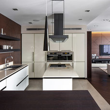 Modern Kitchen by Soesthetic group