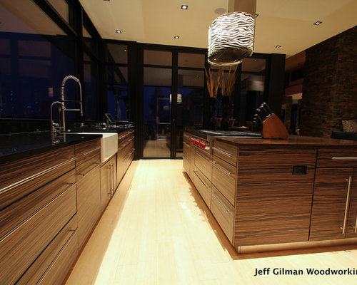 Kitchen design ideas renovations photos with stainless for Boro kitchen cabinets inc