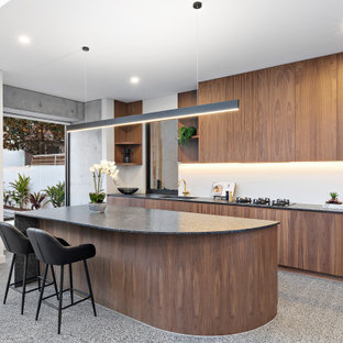 This is an example of a modern kitchen in Sydney with with island.