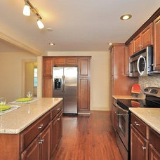 Traditional Kitchen by Terri Sears, Kitchen and Bath Designer