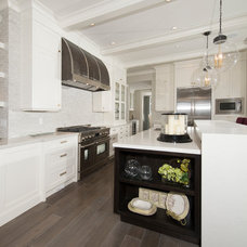 Contemporary Kitchen by Canadian Heritage Timber Company Ltd.