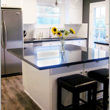 Modern Kitchen by Cole Barnett Interiors