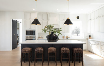 Kitchen of the Week:  Texas Chic in Black, White and Wood