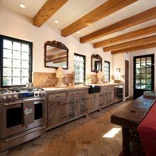 Mediterranean Kitchen by Solaris Inc.