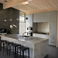 Contemporary Kitchen by Easterday Construction