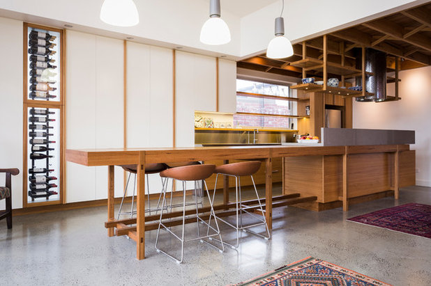 Contemporary Kitchen by Forest and Wood Products Australia Ltd