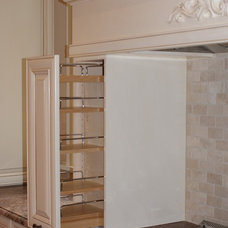 Traditional Kitchen by cdk Kitchens & Baths, Inc.