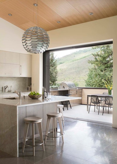 Contemporary Kitchen by Beck Building Company