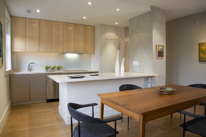 Contemporary Kitchen by FORMA Design