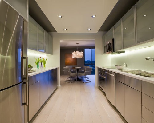 Contemporary Kitchen Idea In DC Metro With Stainless Steel Appliances