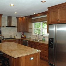 Traditional Kitchen by Imagery