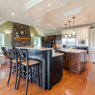 Fort Langley Custom Crafstman Style Home, 222 St