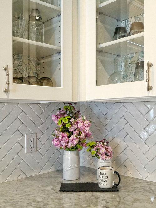 Shabby Chic Style Kitchen Design Ideas Renovations Amp Photos With Porcelain Splashback