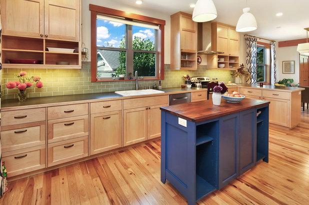 Craftsman Kitchen by Bellingham Bay Builders