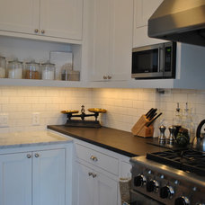 Traditional Kitchen by Bennion Construction & Carpentry