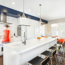 Contemporary Kitchen by Sanders Pace Architecture