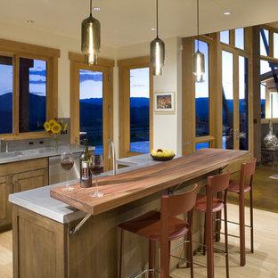 Foto de cocina contemporánea con electrodomésticos de acero inoxidable