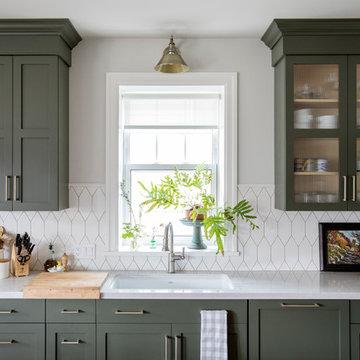 Francesca Albertazzi: Hex Tile Kitchen Backsplash in White