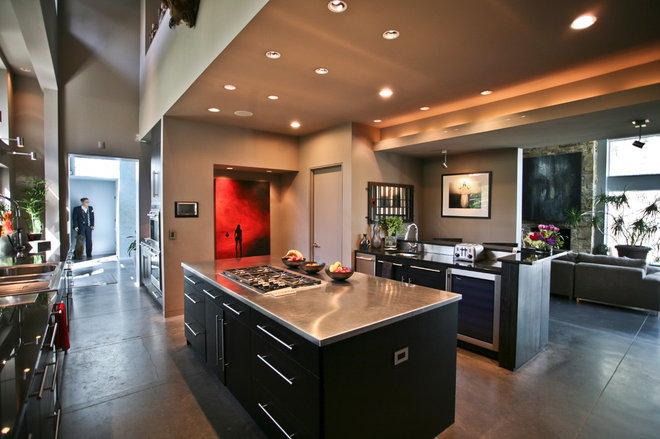 Contemporary Kitchen by Jeanine Turner