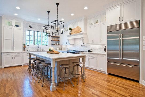 Farmhouse Kitchen by Terri Sears, Kitchen and Bath Designer