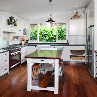 Example Of A Clic Kitchen Design In Perth With Farmhouse Sink Recessed Panel