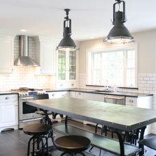 Industrial Kitchen by Fresh Architect
