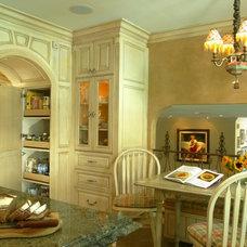 Traditional Kitchen by KK Design Koncepts
