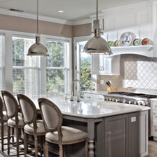 Modern kitchen inspiration - Kitchen - modern kitchen idea in Sacramento