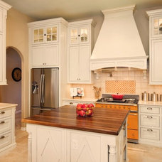 traditional kitchen by Nine Design Group