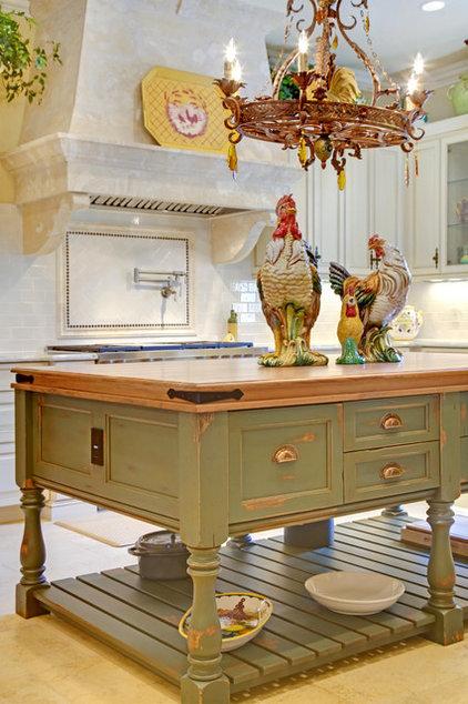 Mediterranean Kitchen by Sunscape Homes, Inc