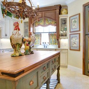 オーランドのおしゃれなキッチンの写真