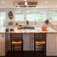 Farmhouse Kitchen by Owings Brothers Contracting