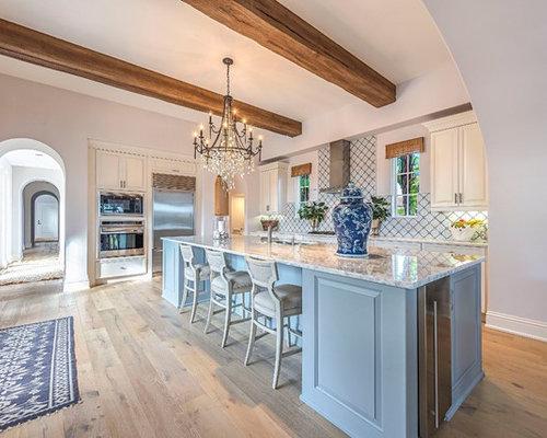 Beach Style Kitchen Inspiration   Coastal L Shaped Medium Tone Wood Floor  And Brown Floor