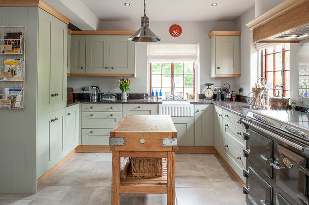 Country Kitchen by J M Interiors