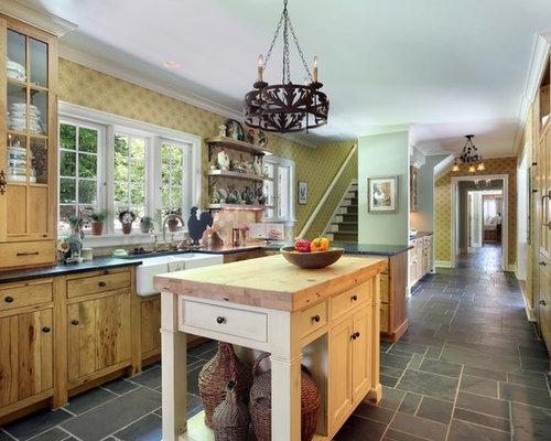 cuisine campagne avec un plan de travail en verre recycl photos et id es d co de cuisines. Black Bedroom Furniture Sets. Home Design Ideas