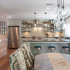 Contemporary Kitchen by Rick & Cindy Black Architects