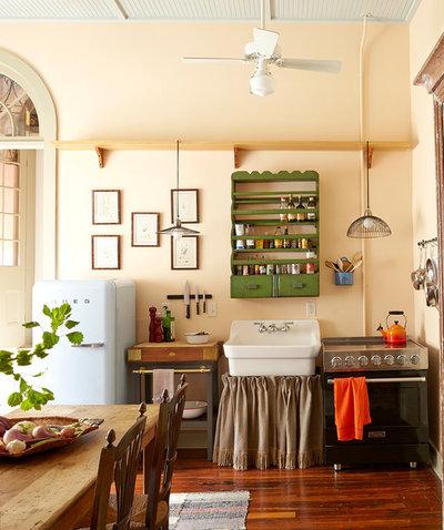 エクレクティック キッチン by Logan Killen Interiors
