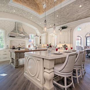 Ampia cucina shabby-chic style - Foto e Idee per Ristrutturare e ...