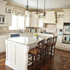Traditional Kitchen by Sita Montgomery Interiors