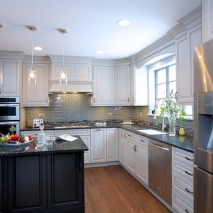Kitchen designs - Inspiration for a kitchen remodel in Chicago