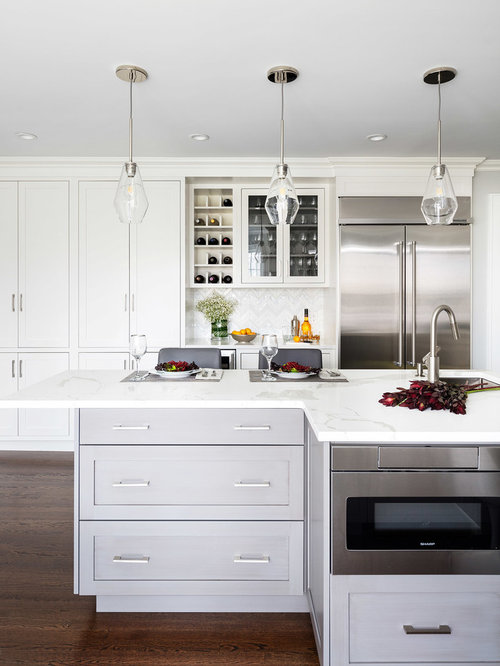 Small Transitional Eat In Kitchen Remodeling   Example Of A Small  Transitional U Shaped