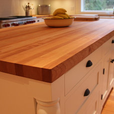 Traditional Kitchen by Culinary Hardwoods Ltd.