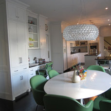 Contemporary Kitchen by FRH Designs - Felicia Hoffenberg