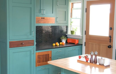 Kitchen Cabinet Color: Should You Paint or Stain?
