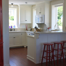 Traditional Kitchen by Oceanside Builders, LLC.