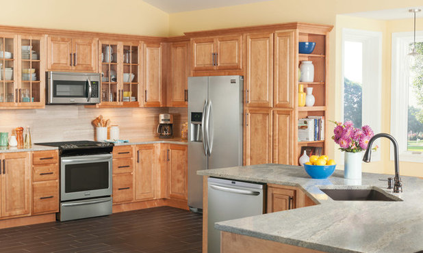 Lovely Contemporary Kitchen by Frigidaire