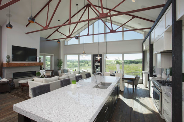 Contemporary Kitchen by Malbec Homes & Renovations Inc.